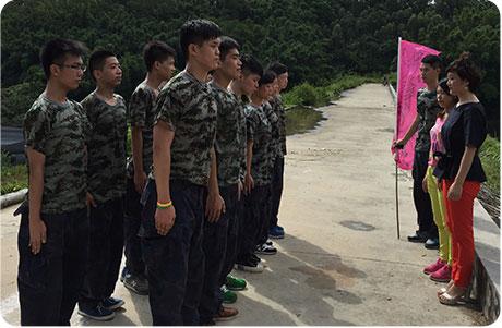 刘清蛋糕培训学校新生军训